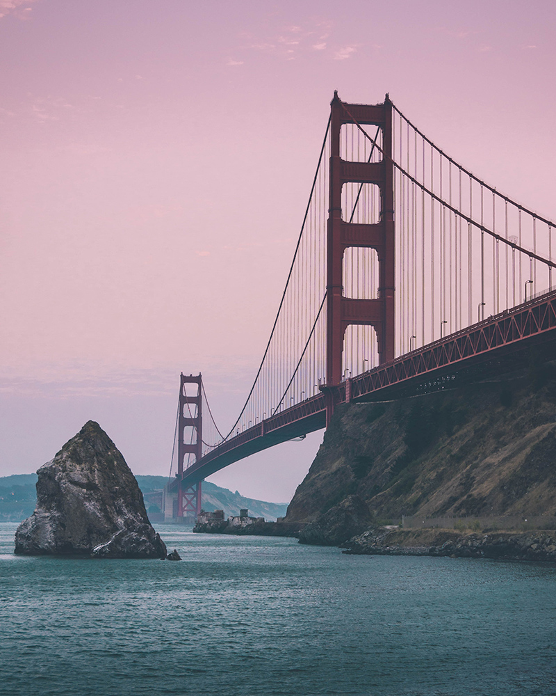 San Francisco Golden Gate Bridge with pink sky