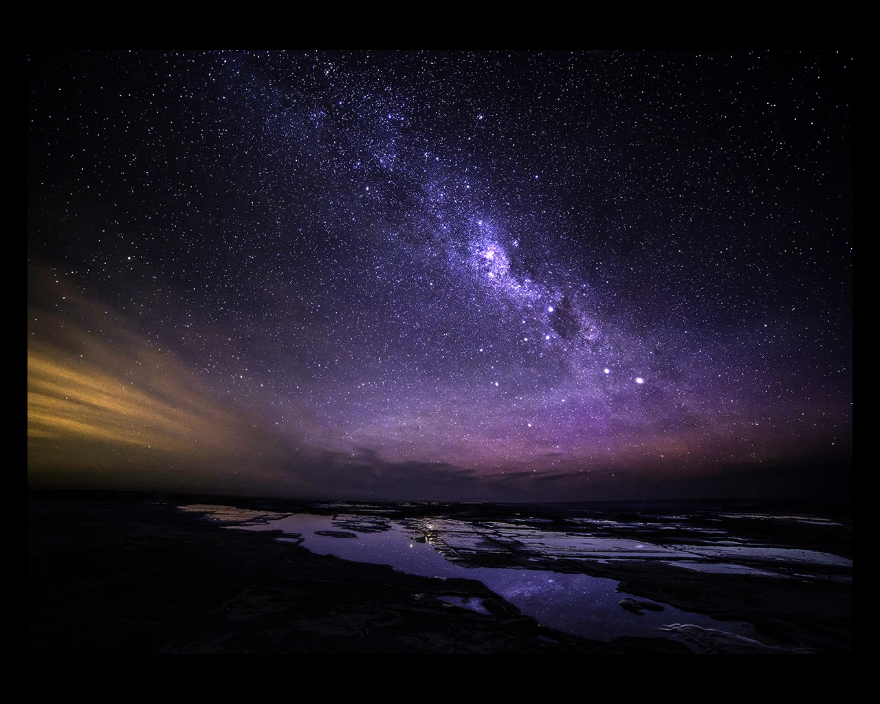 Great Ocean Road at night milky way view