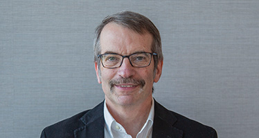 Headshot of AGU Board member Eric Davidson