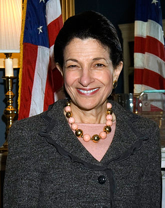 Headshot of AGU Presidential Citation Awardee Olympia Snowe