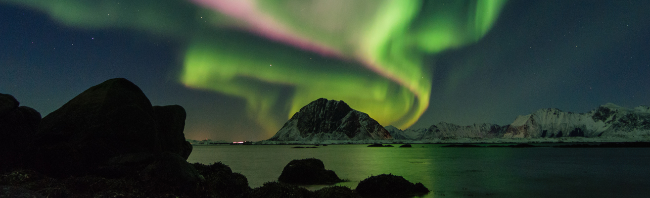 mountains  auroras